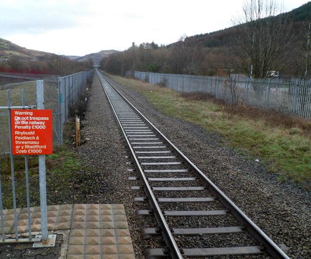 Railway line straight as an arrow, Treorchy