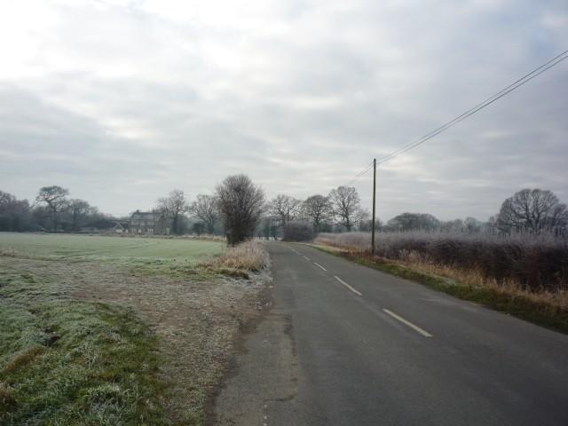Towards Stonebridge Farm