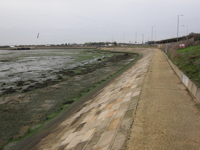 Sea wall, Langstone Harbour