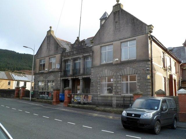 Ninian Stuart Conservative Club, Treherbert