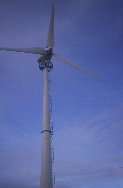 Wind Turbine, Crossland's Road, Llanteg