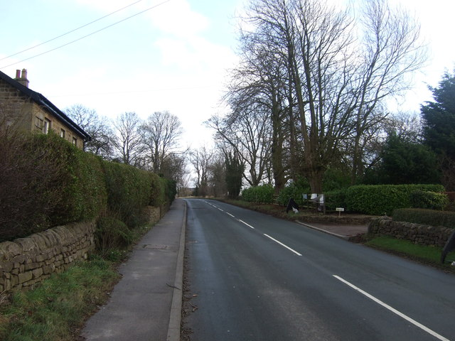 Hollins Lane heading east