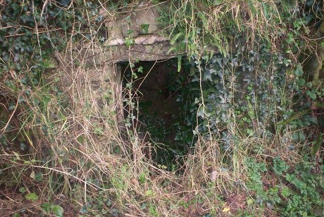 Old Well, Rectory Hill, Llanteg