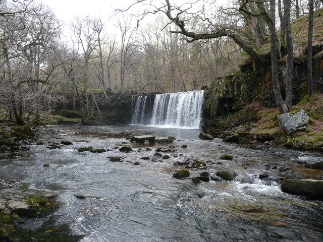 Sgwd Ddwli Uchaf waterfall
