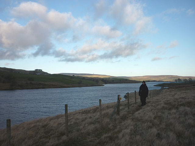 The southern shore path, Grassholme Reservoir