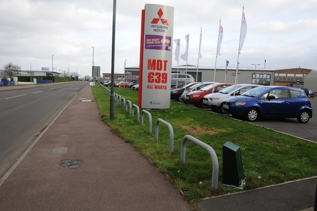 Mitsubushi Motors, Staverton