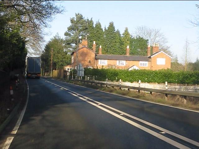 A49 entering Bunbury Heath