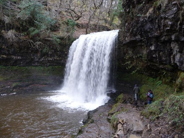 Sgwd yr Eira waterfall in winter