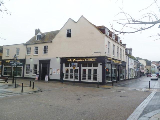Poole, The Slug and Lettuce