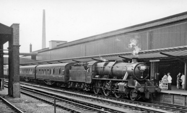 Chester General Station, with Birmingham - Llandudno express