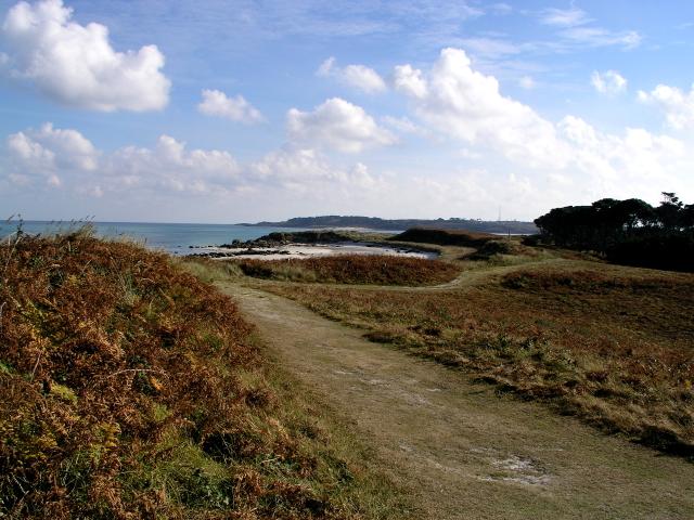Footpath near Rushy point Tresco