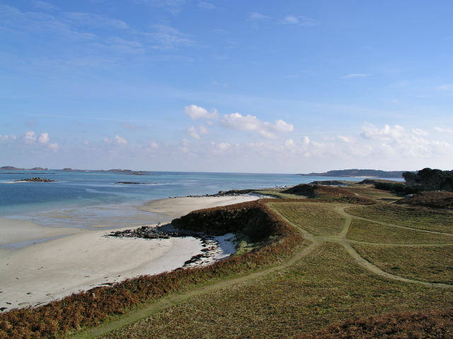 Footpath to Rushy Point from near the Old Blockhouse Tresco