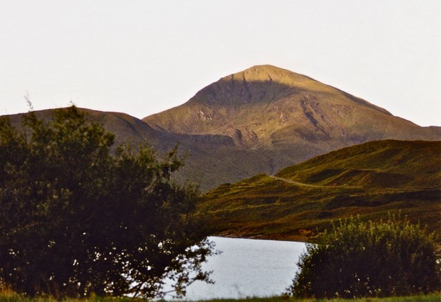 The north shore of Loch Quoich with Gairich behind