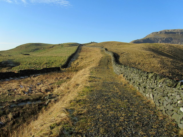 Footpath beside Dry Rigg Quarry