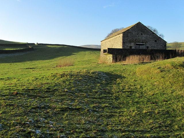 Stone Barn near Wharfe