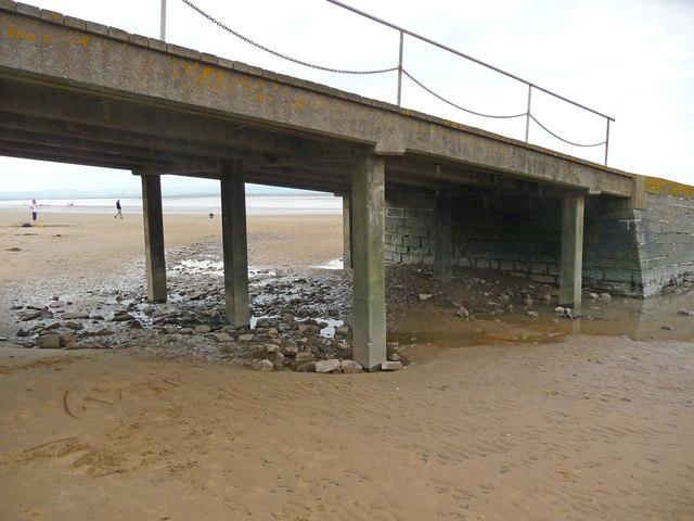 Burnham-On-Sea - Under The Slipway