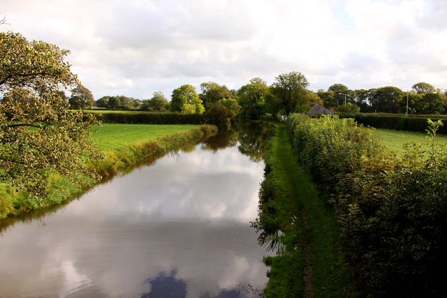 The Lancaster Canal looking south