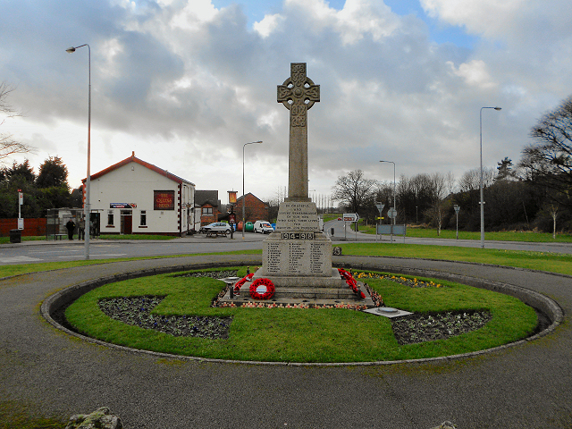 Fingerpost War Memorial, Aspull