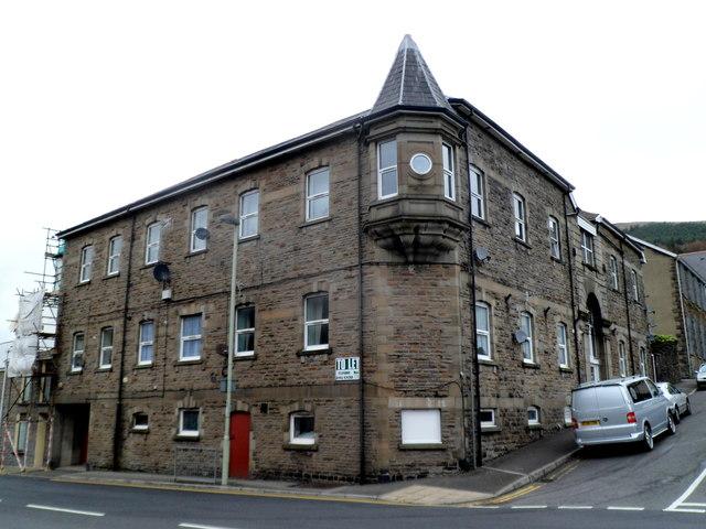 Abertonllwyd House, Treherbert