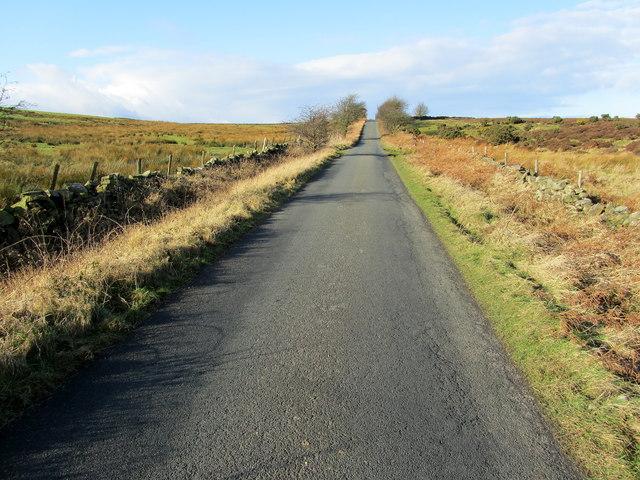 Road over Skelding Moor to Harper Hill