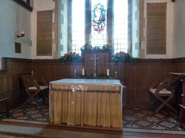 St Mary the Virgin, Everton, Altar