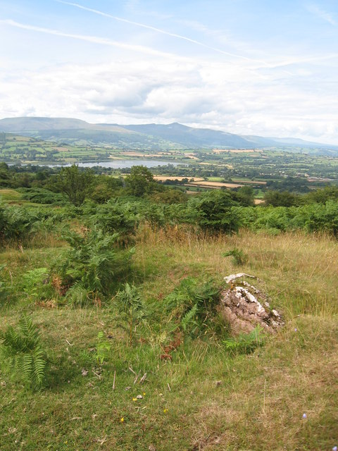 Edge of a long cairn, Cockit Hill