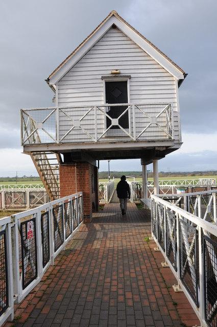 Footbridge over Mill Weir