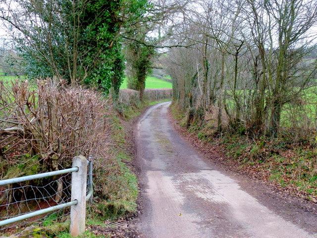 Lane to Pwll-yr-Hunt