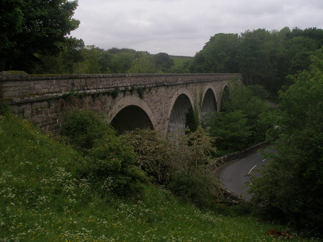 Disused railway viaduct near Mickleton