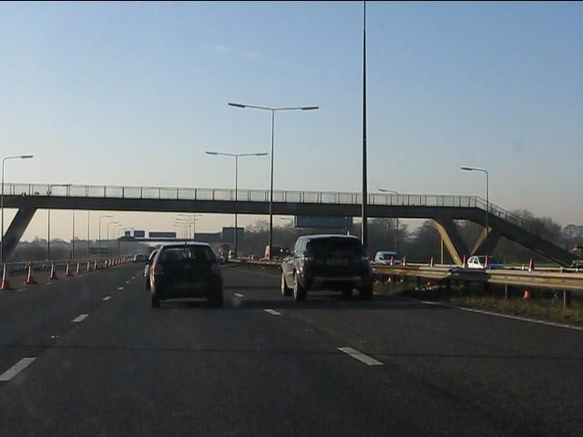 M62 motorway - Peel Hall footbridge