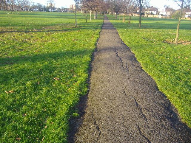 Footpath through Hendon Park