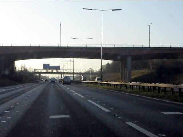 M62 motorway - A5300 overbridge, junction 6