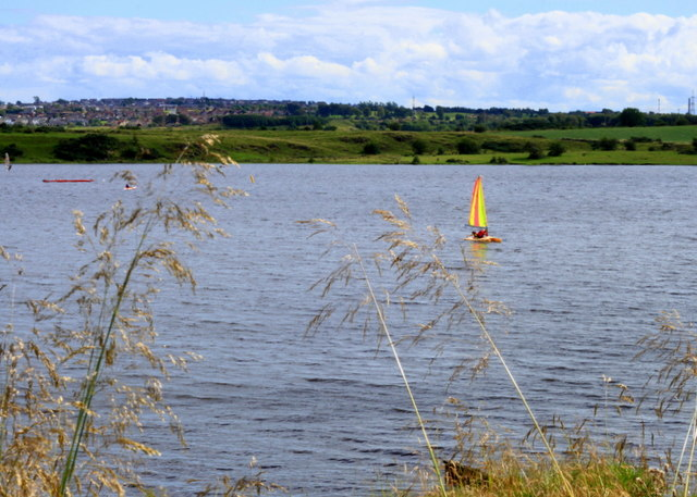 Sailing Lochore Meadows
