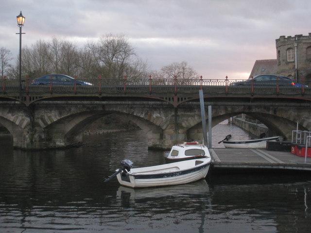 Clopton Bridge and moorings
