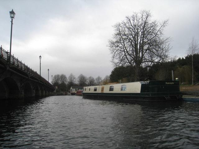 Clopton Bridge and moorings (2)