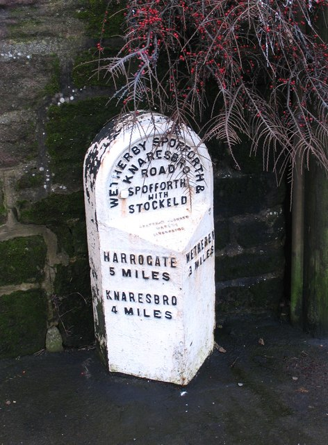 Milepost at Spofforth