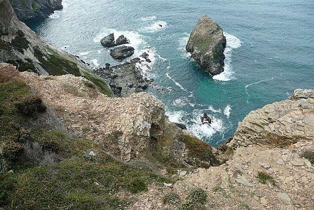 Rocky coast near Pen a Grader