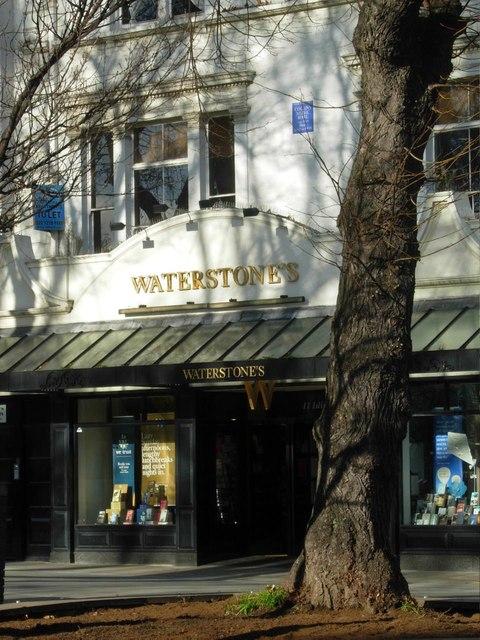 Waterstone's, Islington