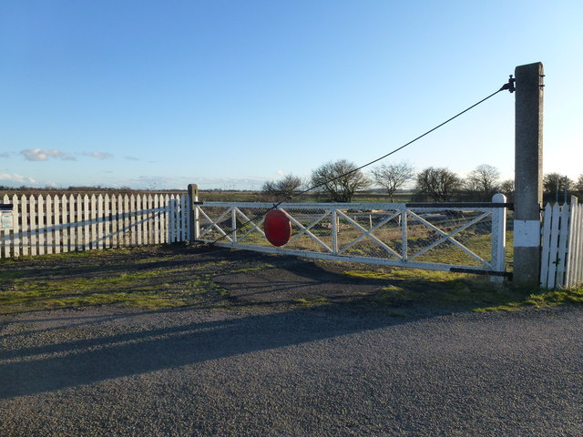 Level crossing gate at Waldersea