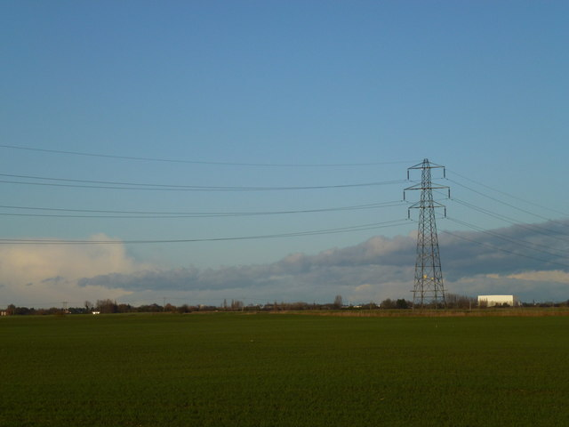 Power lines near Speedwell farm, Waldersey