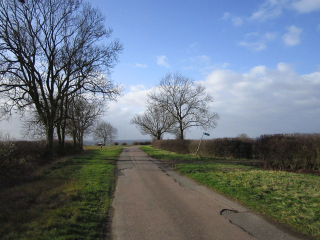 Approaching the junction to Warmington