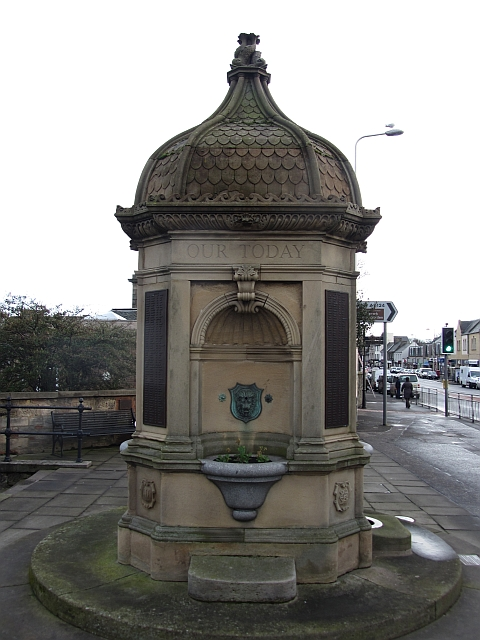 War memorial, High Street