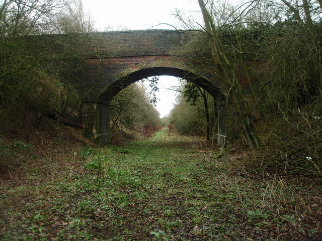 Farm and field access bridge over the old Bedford - Northampton railway line