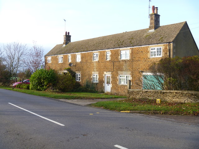 Nill Cottages