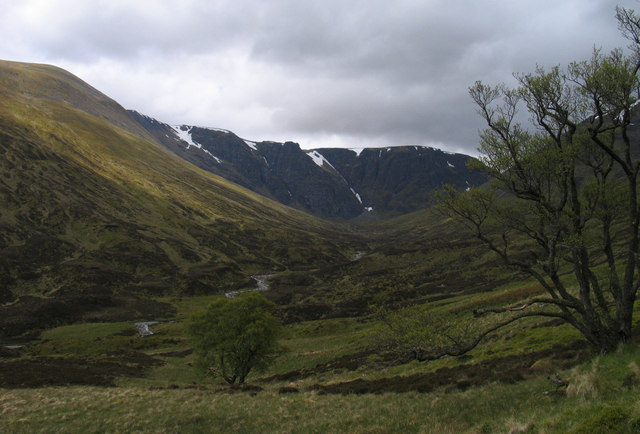 Valley of the Allt Coire Ardair