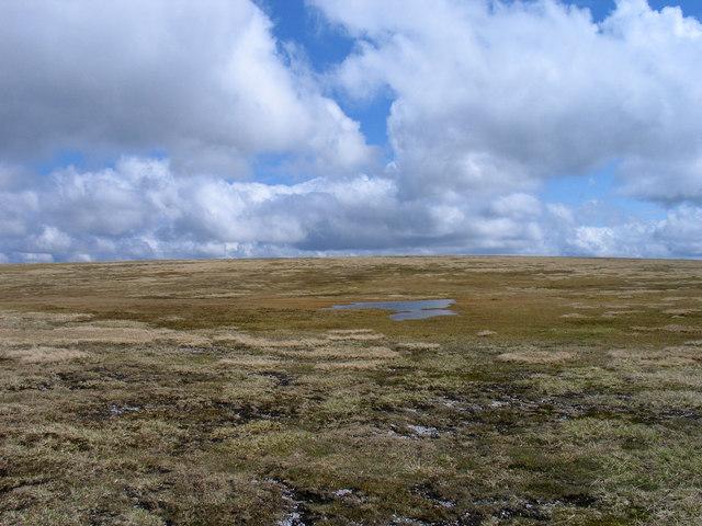 Plateau east of summit of Creag Meagaidh