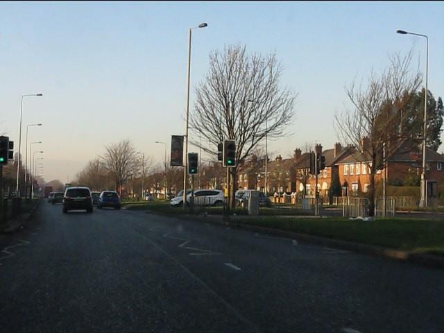 Queens Drive at Monash Road
