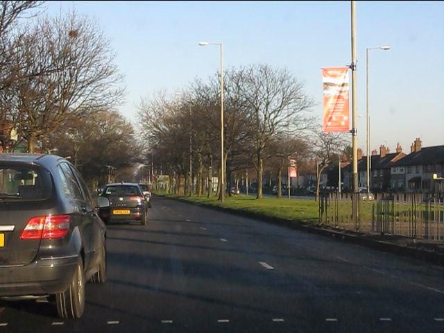 Eastern end of Walton Hall Avenue (A580)