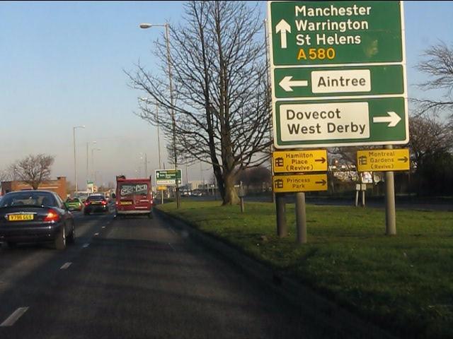 A580 approaching Stonebridge Lane junction
