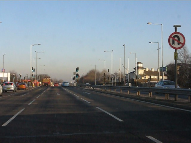 A580 nearing the A5207 junction
